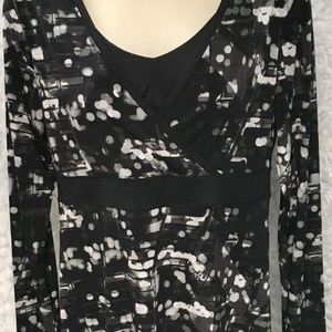 TEK GEAR DRYTEK Black Gray Polka Dot Dress size M